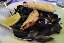 Steamed Mussels ($16.95)